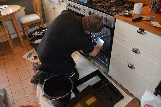 Wakefield Oven Cleaning - About us